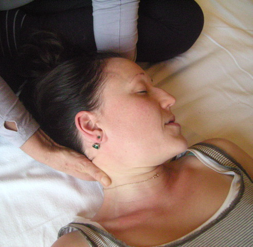 Shiatsu rosemount centre shiatsu is a japanese form of hands on healing that uses acupressure via palms and fingers to stimulate and nourish the energy of the body solutioingenieria Images